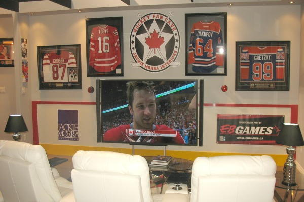 hockey_fan_cave_84_inch_sony_tv