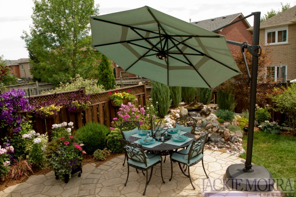 how-to-design-a-small-backyard-outdoor-living-space